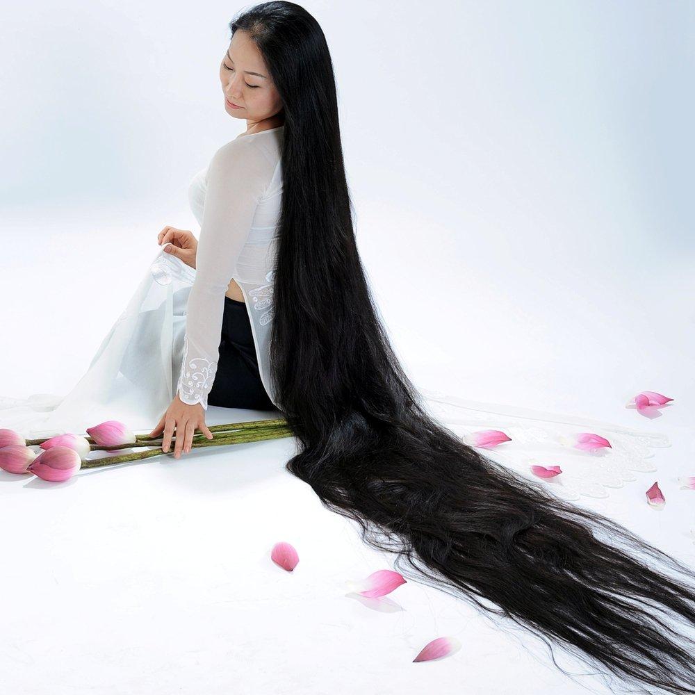 صورة زيوت لتطويل الشعر , تعرفي على افضل زيوت لتطويل الشعر