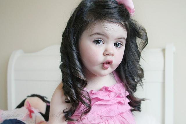 صورة صور بنات صغار حلوات , صور اجمل بنات صغار