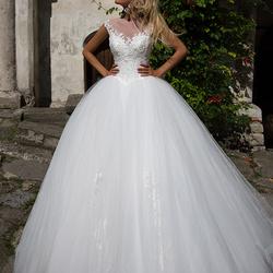 بالصور فساتين زفاف فخمه , اجمل فساتين الزفاف 4839 3