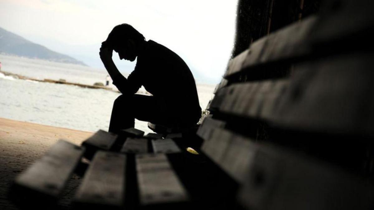 صور اعراض الاكتئاب , الاسباب المؤديه للاكتئاب