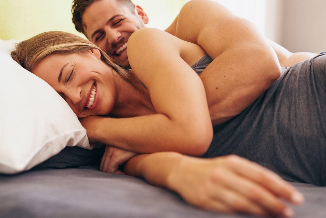 صوره اغراء الزوج , طريقة سهلة لاغراء زوجك في الفراش