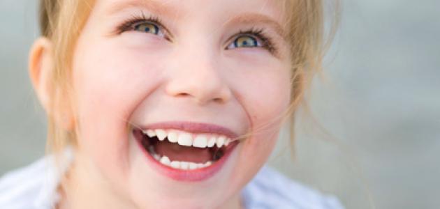 بالصور صور بنت تضحك , اجمل صورة لفتاة ضاحكة 2134 1