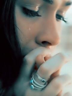 بالصور بنات حزينه , بنات خيم عليها الحزن