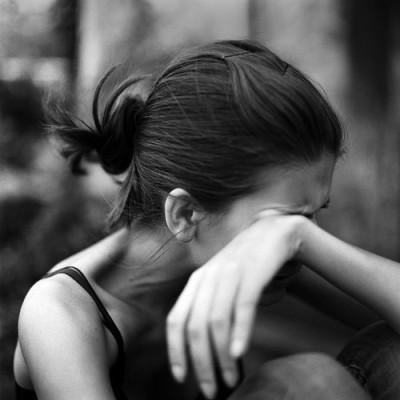 بالصور بنات حزينه , بنات خيم عليها الحزن 3450 7