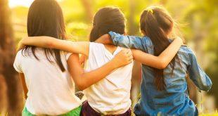 بالصور كيف تجعل اصدقائك يحبونك , افعال بسيطة تجلب لك محبة الاصدقاء 3606 3 310x165
