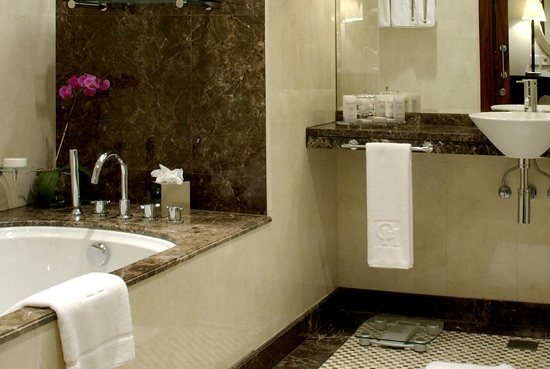بالصور حمامات فنادق , افخم حمامات الفنادق 4881 7