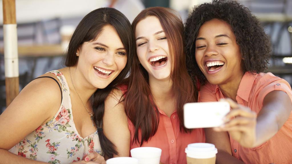 بالصور صور بنات اصدقاء , اجمل الصور عن صداقه البنات 6080 12