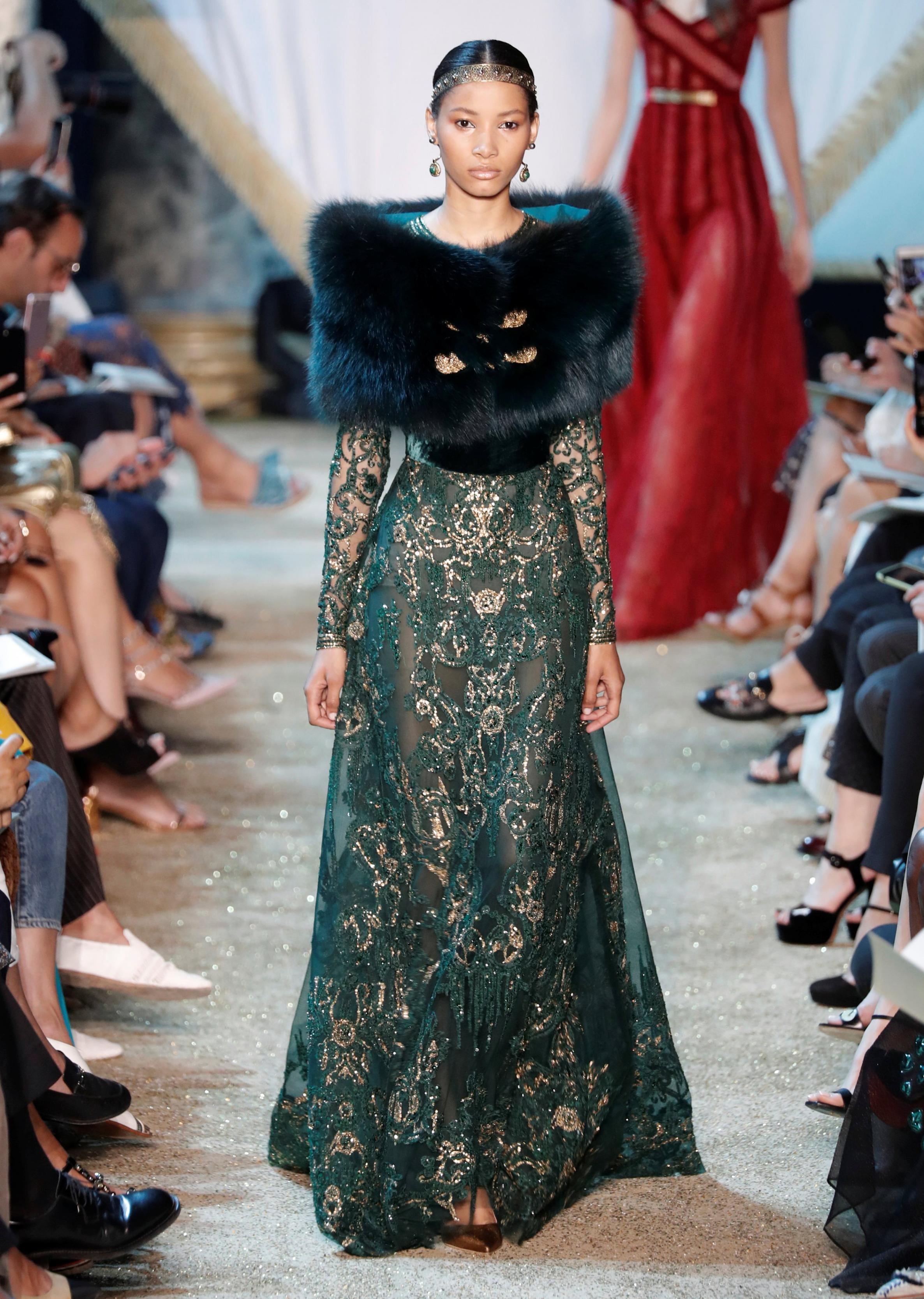 بالصور تصاميم ايلي صعب , تشكيله من الفساتين لايلى صعب 6086 9