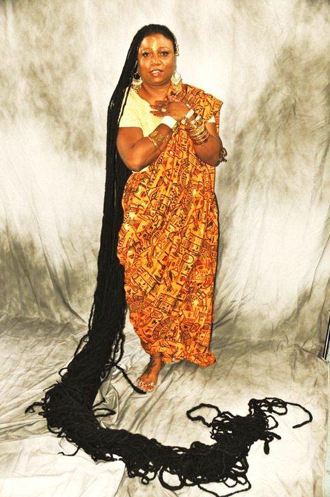 بالصور صور صاحبة اطول شعر في العالم , بنت لديها شعر معجزة 12650 8
