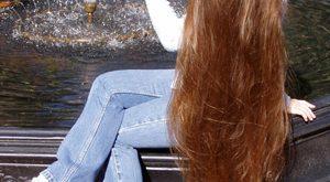بالصور خلطات لتطويل الشعر وتكثيفه , وصفات طبيعية للشعر 12844 2 300x165