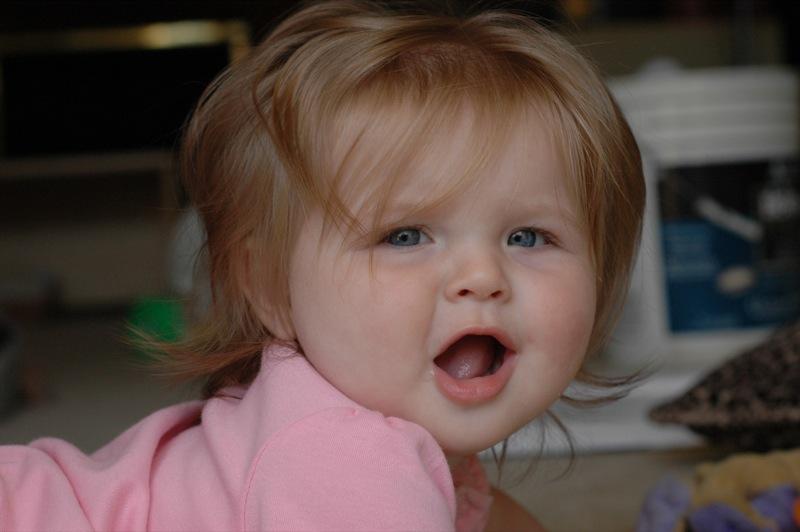 صورة طفلة جميلة , خلفيات فتيات صغار حلوات جدا