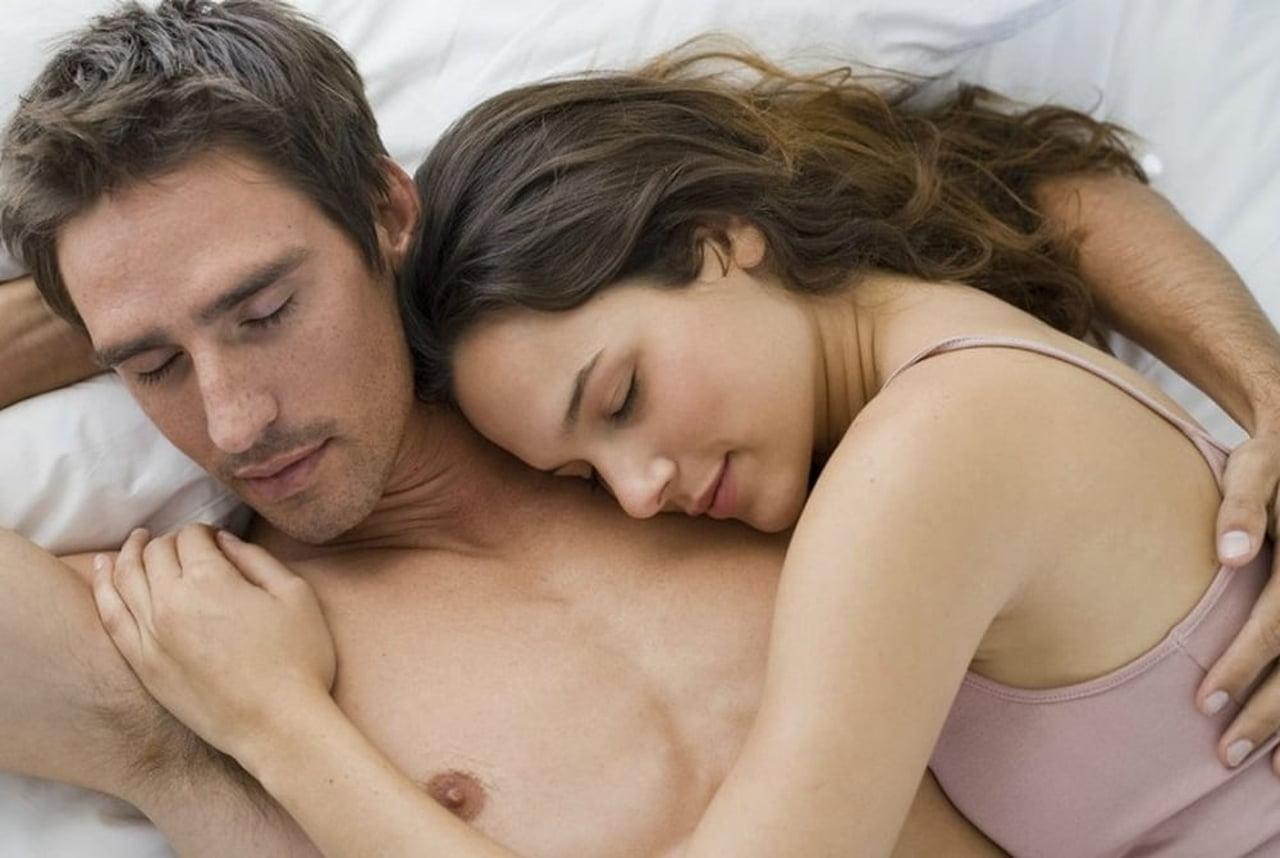 صورة الرومانسية بين الزوجين بالصور , روائع رومانسية الزوجين