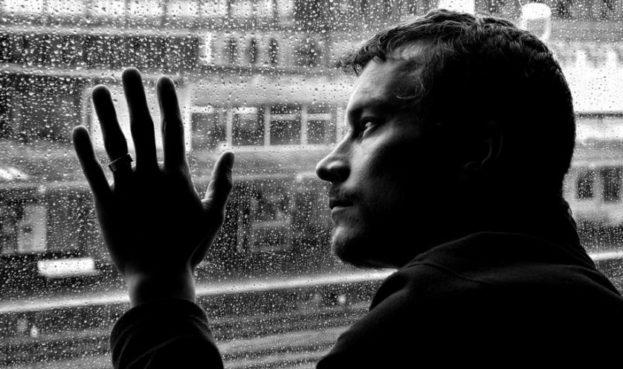 صور خلفيات حزينه , احدث صور تعبر عن الاحزان