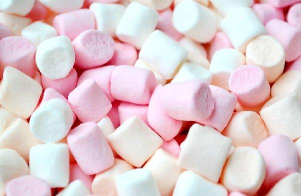صورة حلى خدود البنات , حلويات خدود البنات
